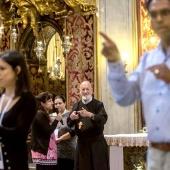 Un libro di preghiere nella Lingua dei segni